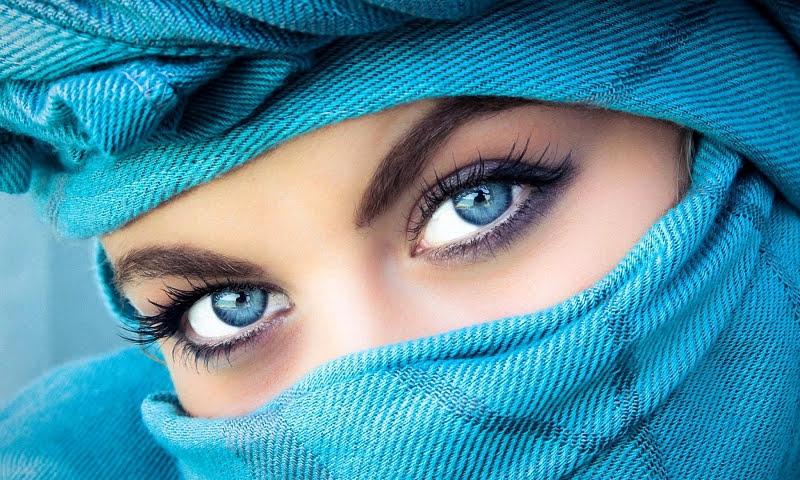 О чём говорит цвет глаз человека?