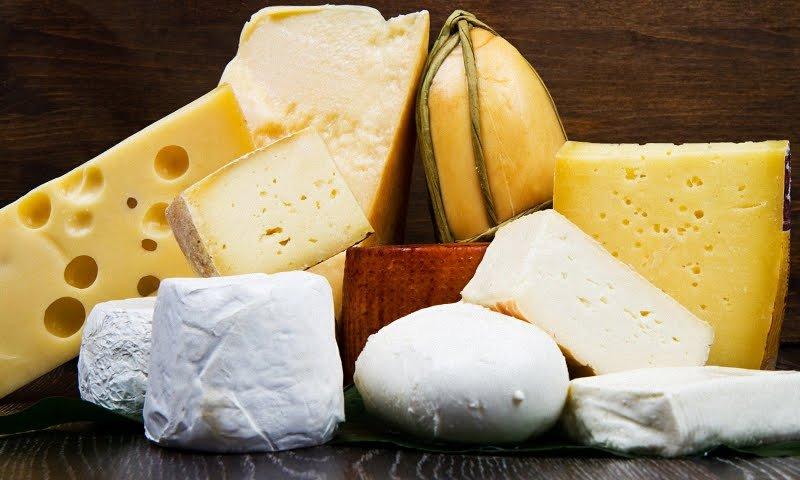 Как отличить качественный сыр?