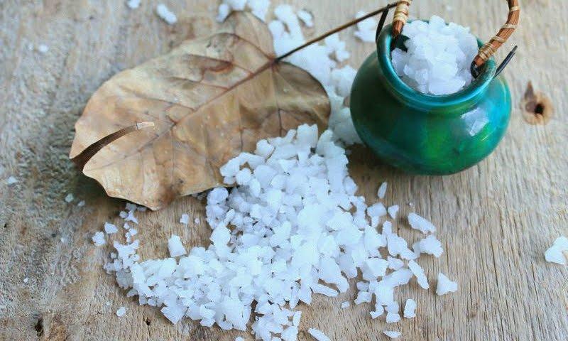 Распространенные проблемы со здоровьем, которые можно лечить английской солью